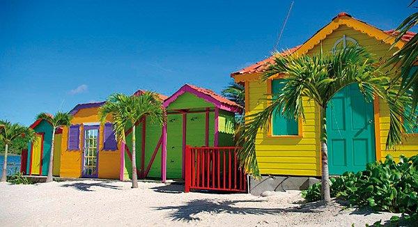 Die bunten Strandhäuser sind typisch für Grenada.