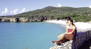 Curaçao bietet viele schöne Strände - perfekt für romantische Stunden zu zweit