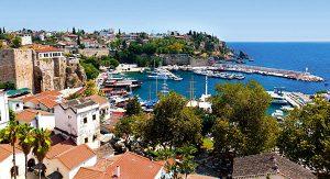 Antalya: Der malerische Yachthafen ist der Höhepunkt bei einem Bummel durch die verwinkelten Altstadtgassen