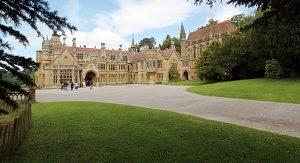 Zahlreiche viktorianische Herrenhäuser können Reisende in England besichtigen