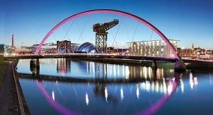 In Glasgow finden Reisende eine gelungene Mischung aus modernem Trend und traditioneller Geschichte
