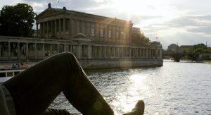 Der Mauervorsprung an der Brücke bietet Romantik pur - nur einer von vielen Berlin-Insidertipps