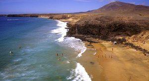 Lanzarote: Die Strände von Papagayo sind malerische Badebuchten zwischen Felsen