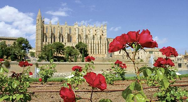 Wahrzeichen von Palma: Die Kathedrale der Heiligen Maria