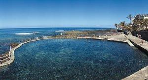 Teneriffa: Ein besonderes Badeerlebnis bieten die zahlreichen Naturpools, die durch Lavaströme entstanden sind