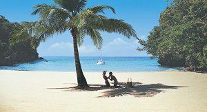 Jamaica: Tolle Strände finden Urlauber beispielsweise an der Frenchman`s Cove, an der Montego Bay oder in Negril