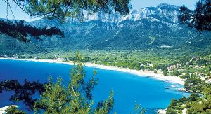 Thassos, beliebtes griechisches Reiseziel, besticht durch seine Strände
