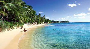 Karibik-Feeling: Auf Barbados können Urlauber am Strand entspannen. Tipp: Die Spezialität Flying Fish probieren