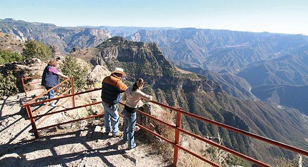 Herrliche Ausblicke in Baja California: die Kupferschlucht bei Posada Barrancas