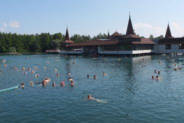 Gesunde Idylle: Europas größter Thermalsee in Bad Héviz.