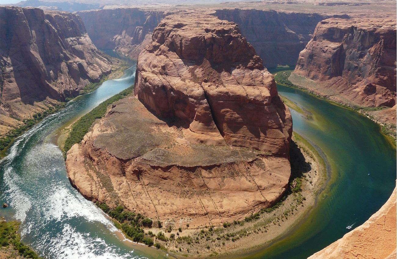 Der Horseshoe Bend in Arizona ist ein beeindruckendes Naturphänomen.