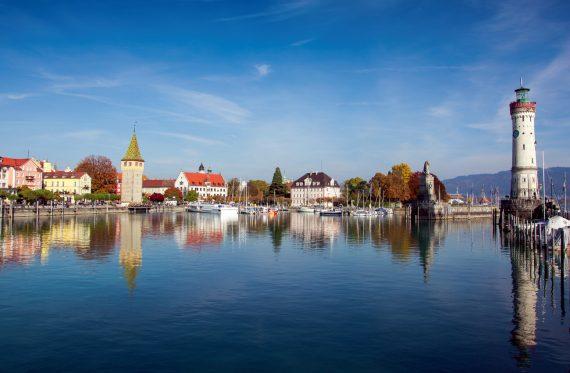 Der Bodensee, berühmt für seine Vielzahl an Gärten, Parks und Schlösser
