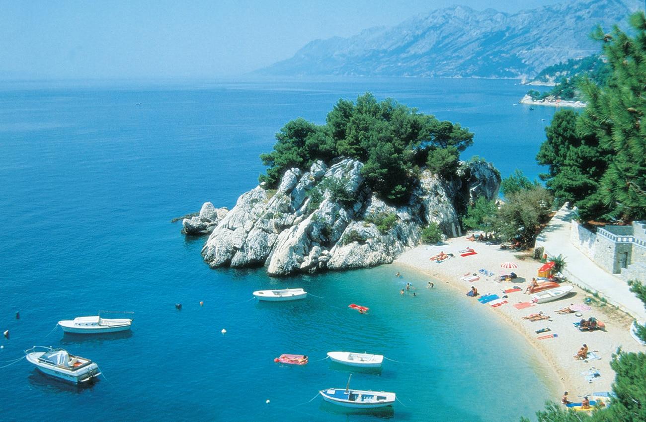 Kroatiens malerische und kristallklare Badebucht