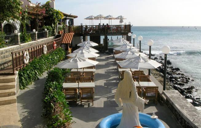 Odjo D`Agua - Kapverden - Terrasse mit Meerblick