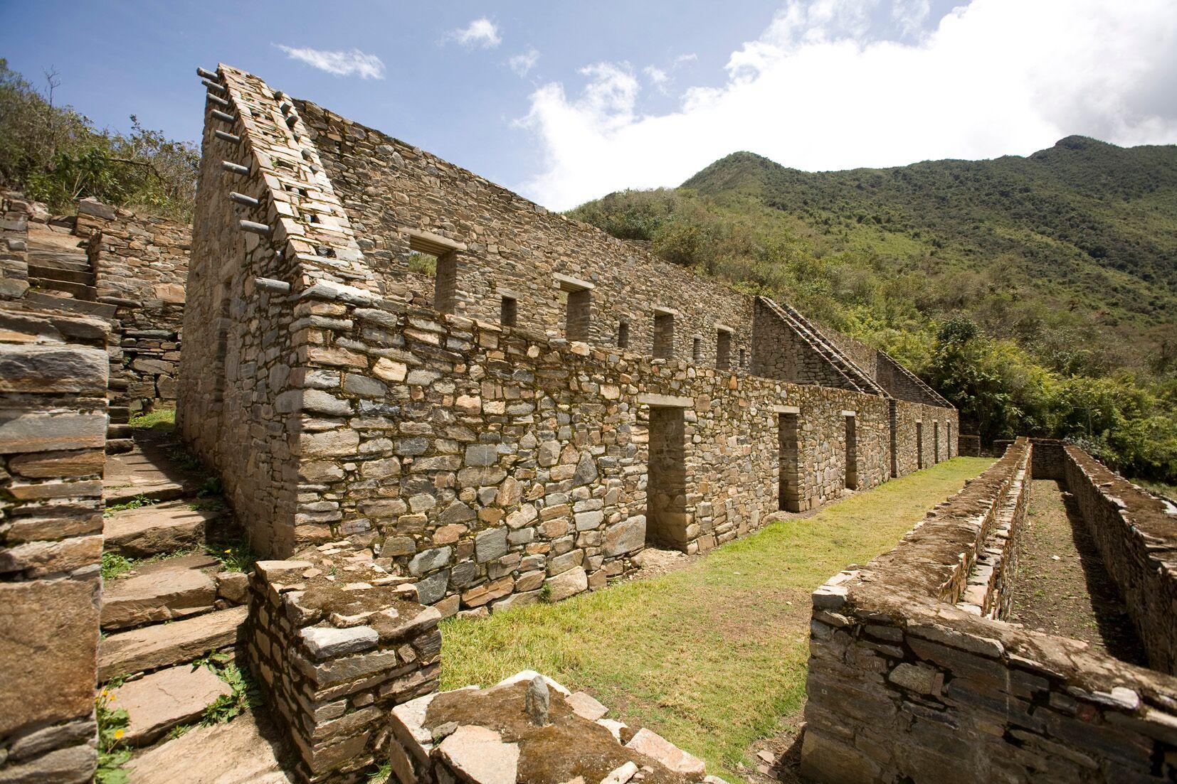 Choquequirao ist eine nur teilweise ausgegrabene Ruinenstadt der Inka im Süden Perus.