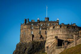 Das Edinburgh Schloss ist die bekannteste Sehenswürdigkeit der schottischen Hauptstadt.