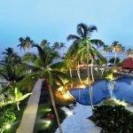 Hikka Tranz by Cinnamon - Gartenanlage mit Pool