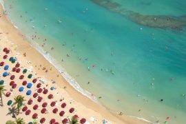 Ein schöner Strand gehört zum Badeurlaub dazu.