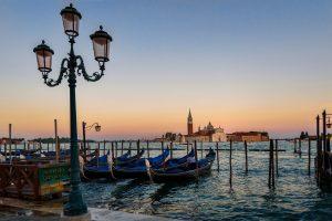 Venedig - Lagunenstadt mit romantischen Kanälen und herrlichen Palästen