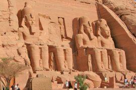 Ein einmaliges Erlebnis, die unvergesslichen Höhepunkte der Pharaonenzeit von Bord eines Schiffes aus zu erleben