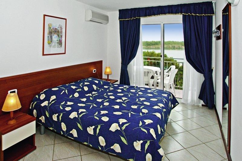 Verudela Beach & Verudela Villas - Schlafzimmer