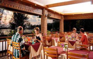 Best Western Phuket Ocean Resort - Speisesaal im Freien