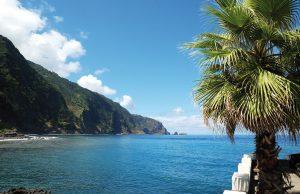 Madeiras Steilküste ist beeindruckend.