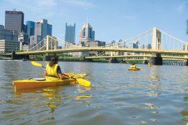 Mit dem kayak durch Pittsburgh