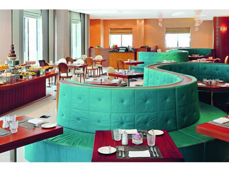 AVANI Deira Dubai Hotel - Lounge