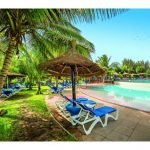 Senegambia Beach - Garten mit Pool